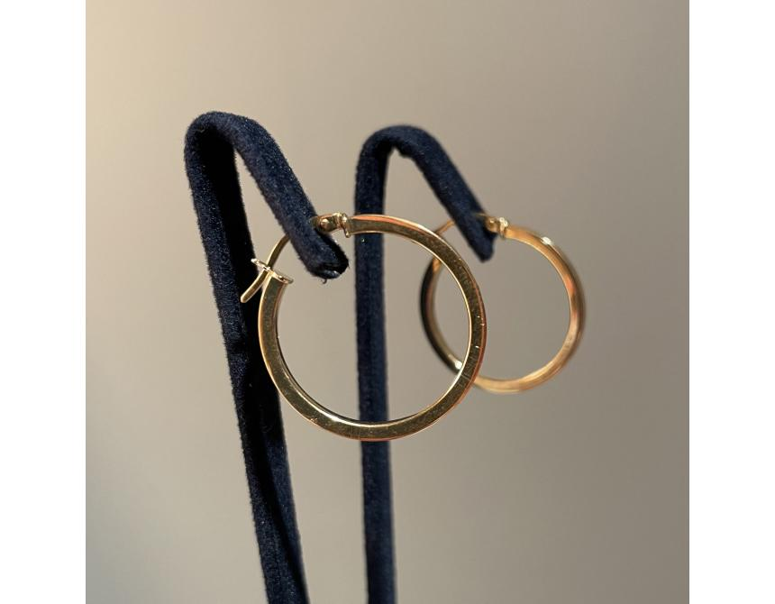 18ct Yellow Gold Hoops Earrings