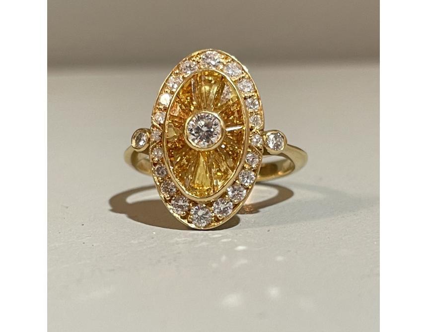 18ct Yellow Gold, Yellow Sapphire & Diamond ring