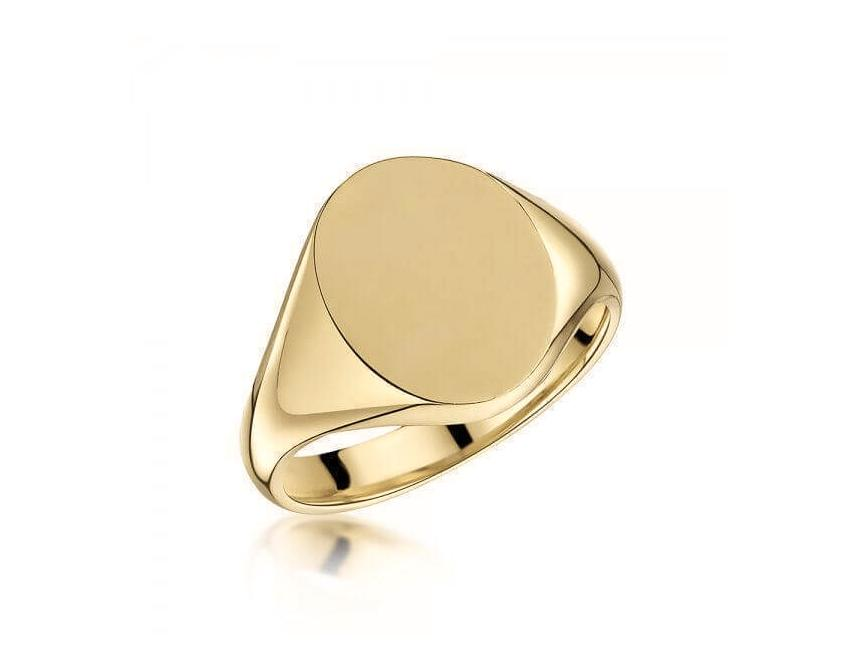 18ct Yellow Gold 16x13mm Oval Signet Ring